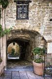 Way to Courtyard