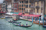 Gondoliers at work