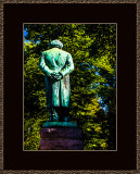 5=_MG_4231-=-Henrik-Ibsen-from-behind.jpg