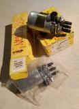 914-6 BOSCH Fuel Pumps, Carburetors, OEM, NOS 009 Qty 2 - pn 0 580 960 009 010