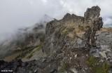 Scramble route on Pinnacle Peak - Looking down