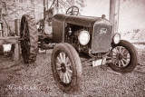 1927 FORD TRACTOR_5378.jpg