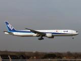 B777-300  JA-786A