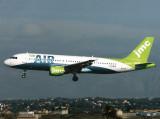 A320  G-BXKA
