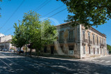 Palacete na Rua de Pedrouços, 97 a 99 (IIP)