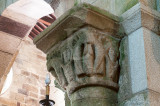 NON-EXCLUSIVE LICENSE GRANTED TO CIRCULO DE LEITORES - Coleção Decifrar a Arte em Portugal - Vol. 2 - Idade Média