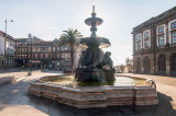 A Fonte dos Leões na Praça Parada Leitão