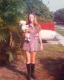 1975 - Dorothy Walling and Pepe in Hollywood