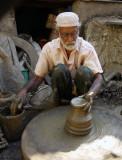 Potter in Haravi, Mumbai, India.