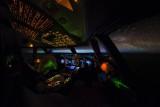 747-8 cockpit shot