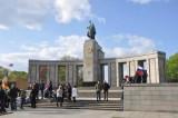 brandenburg_gate_and_environs