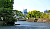 Wall and moat of the Imperial Palace - Tokyo