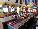 A-J's Dockside Restaurant: Here we ate a fine seafood dinner and heard an excellent folk/rock singer Joey Manning - Tybee Island