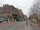 Stores, restaurants and taverns along River Street next to the Savannah River (on the right) - Savannah