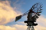 5286b-balranald-windmill.jpg