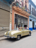P3240105-Gold-Car.jpg