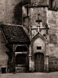 Château, courtyard.