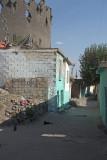 Diyarbakir Walls approaching Mardin Kapi september 2014 1082.jpg