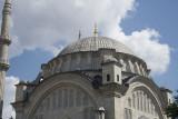 Istanbul Nuruosmaniye Mosque 2015 1133.jpg