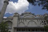 Istanbul Suleymaniye Mosque Garden area 2015 1274.jpg