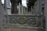Istanbul Suleymaniye Mosque Graves 2015 1271.jpg