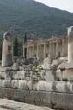 Ephesus Celsus Library from far October 2015 2833.jpg