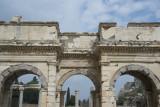 Ephesus Mazeus and Mythridates gate October 2015 2768.jpg