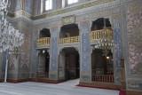 Istanbul Pertevniyal Valide Sultan Mosque december 2015 6614.jpg