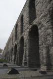 Istanbul Aqueduct of Valens december 2015 4903.jpg