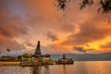 Puru Ulun Danu Morning Light 1