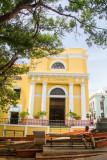 El Convento and a singer, Old San Juan