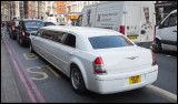 Bentley in Oxford Street - NOT made for small parkinglots….