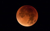 Full Bloodmoon night to 28th september 04:30 AM  (Happens every 18th year) 25x magnification