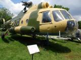 muzeul-aviatiei-bucuresti-Mi8-1.JPG