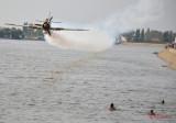 aeronautic-show--bucuresti-yak-52-2.JPG
