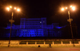 Light-It-Up-Blue-Parlament-iluminat-albastru-autism-Bucuresti-2.JPG