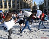 Pillow-Fight-Day-bataie-perne-Bucuresti-28.JPG