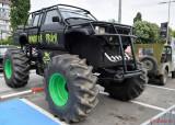 Retro-American-Muscle-Cars-Bucuresti-monster-truck.JPG