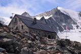Cabane de Moiry 2825 m