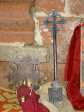 The cross on the right used to belong to Nakuto Le Ab