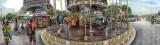 Carousel in Paris mit Eiffelturm im Hintergrund