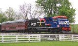 Veterans unit 6920 leads Eastbound 975 by the Aggee farm at Vanarsdale