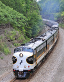 Deadhead OCS 955 gets back on the move after a meet at Cumberland Falls