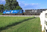 The grass is always greener on the other side of the fence...CR 8098, DPU on train 792 at Vanarsdale KY