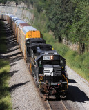 NS 6118, a former N&W SD40-2, leads train 275 South at Kings Mountain