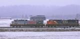 KCS & CN power on NS 167 at Bowen