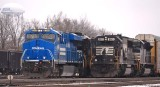 Conrail 8098 and a well worn SD60 side by side