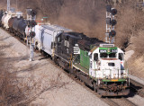 NS 3528 (former BN 7149 LNG Testbed) leads NS 123 by the Searchlight signals at South Danville