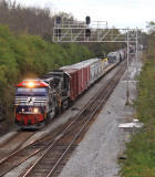NS 6920, The Veterans Unit, leads Southbound 147 at North Wye near Danville, KY