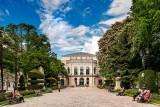 Tree-lined walkway, Burgos